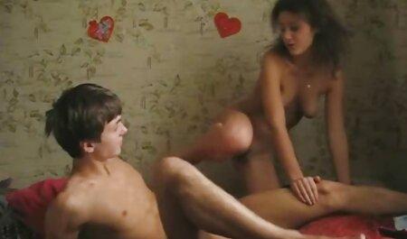 Emocionante ESTILO PERRITO para adolescente asiática en la peliculas eroticas18 cama