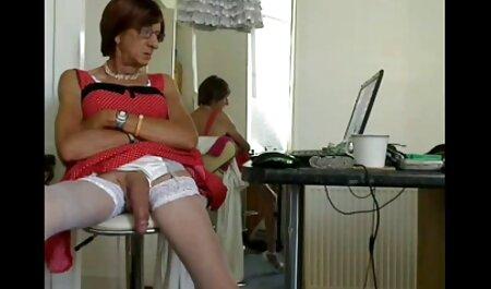 Señora videos porno gratis online en español seductora se chupa al productor de porno falso y le encanta